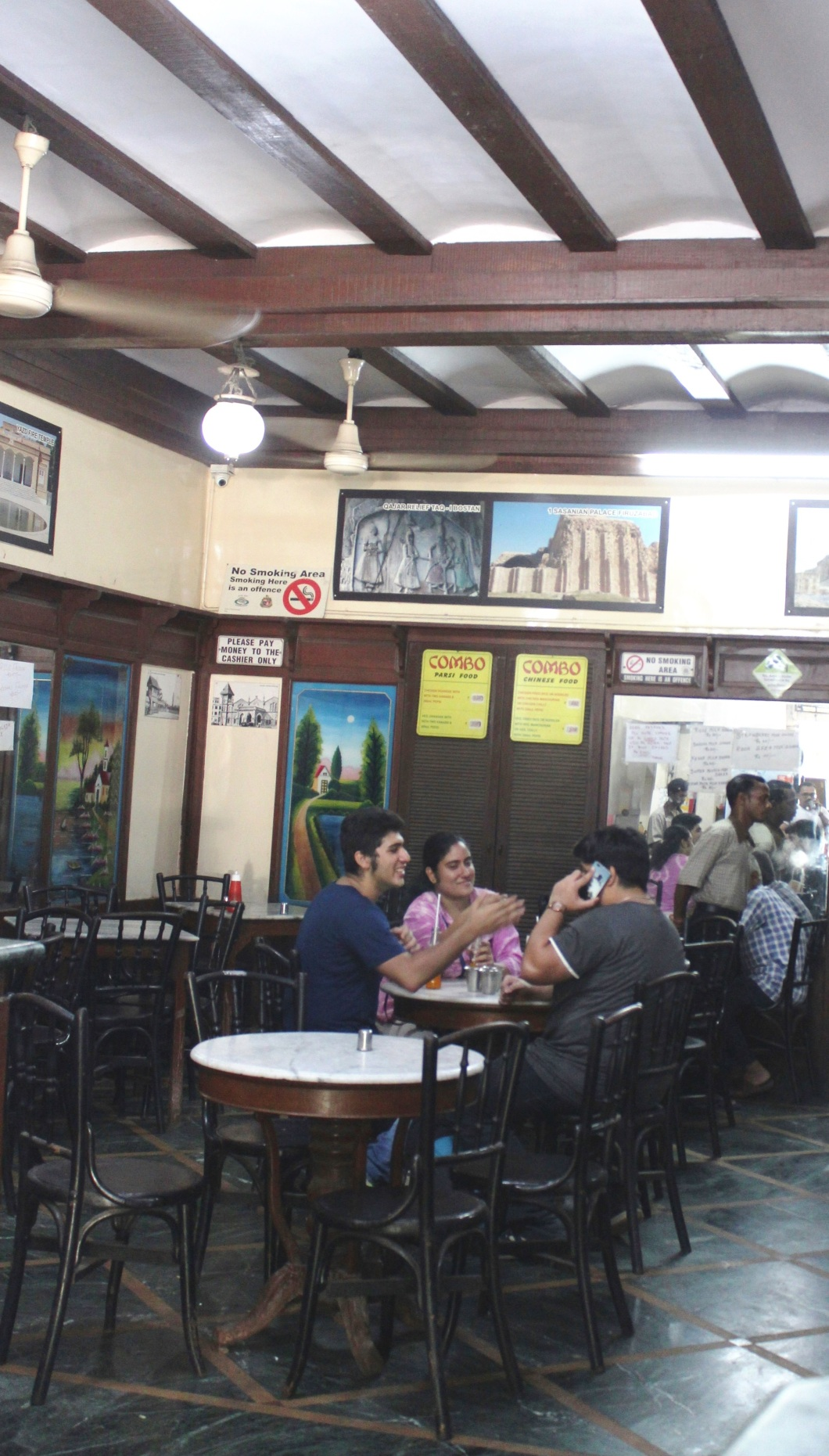 SASSANIAN RESTAURANT located at Marine Drive in Mumbai - Photograph in mirandavoice.com